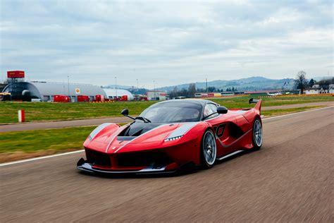 ferrari fxx wallpapers pictures images