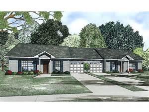 small single story house plans duplex house plans ranch duplex plan 025m 0084 at thehouseplanshop