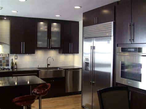 moving kitchen cabinets 129 best kitchen backsplash ideas images on 1009