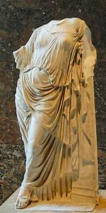 Aphrodite leaning against a pillar - Wikidata