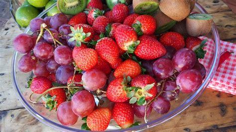 alimenti alzano la pressione ipertensione e alimentazione cibi fanno bene a chi ha