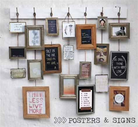 fotolijstjes op plank kapstok met fotolijstjes for the home