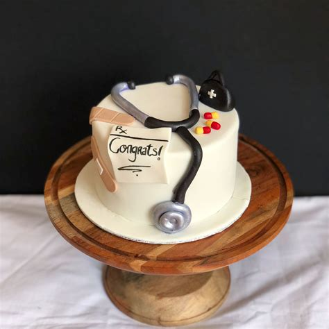 Find this pin and more on торты для вечеринки by наиля мамедова сабировна. Doctor themed cake | Themed cakes, Cake, Dessert cupcakes