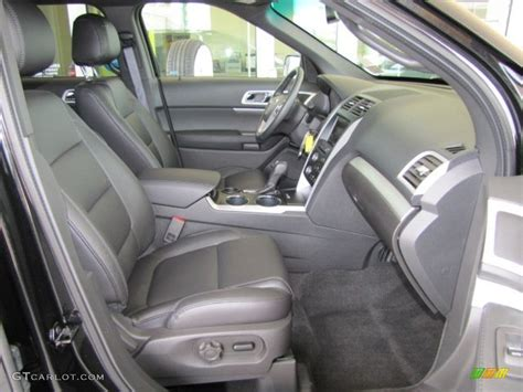 Charcoal Black Interior 2013 Ford Explorer Xlt Photo