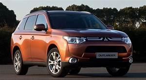 4x4 Hybride Rechargeable : le mitsubishi outlander plug in confirm pour 2013 ~ Gottalentnigeria.com Avis de Voitures