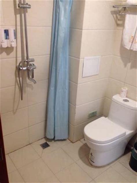 wet room bathroom toilet sink shower