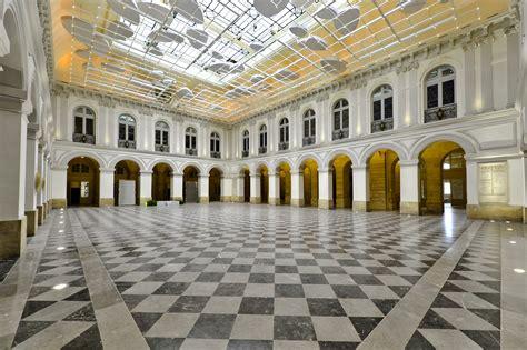 atrium bordeaux palais de la bourse l espace de