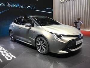 Avis Toyota Auris Hybride : l 39 actu fran aise de l 39 auris hybride week end portes ouvertes toyota et mondial de paris ~ Gottalentnigeria.com Avis de Voitures