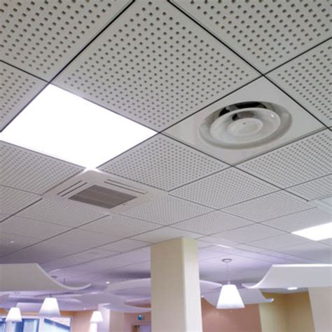 dalles faux plafond suspendu plafonds suspendus d 233 montables en dalles de pl 226 tre perfor 233 pour l absorption acoustique plaza
