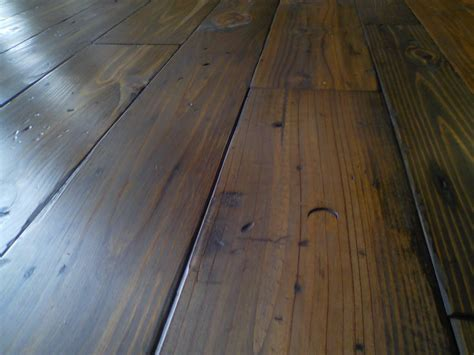 Floors : Authentic Pine Floors
