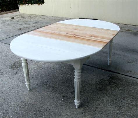 comment peindre une table en bois atlub