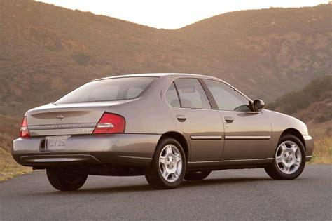 199801 Nissan Altima  Consumer Guide Auto