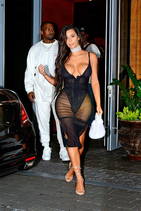 Kim Kardashian Doesnt Care About Showing Her Nipples