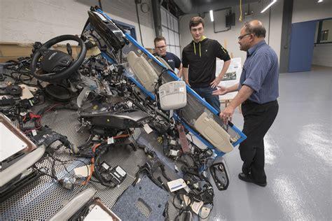 mechanical engineering undergraduate programs university