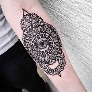 Symbole Illuminati Mandala Et Oeil Avant Bras Tattoo