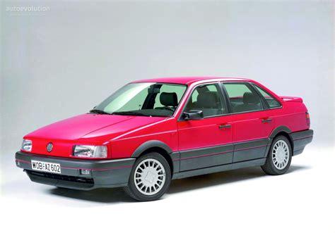 Volkswagen Passat Specs & Photos