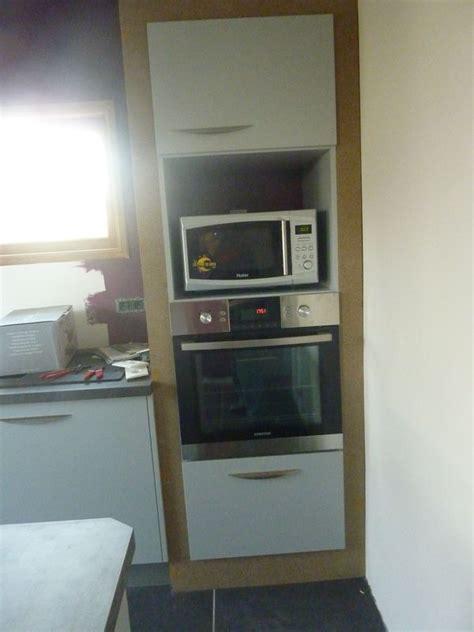 meuble cuisine four et micro onde notre maison la cuisine est posée l 39 atelier de