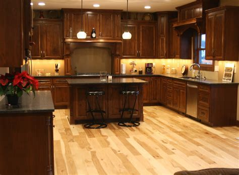 Interior: Maple Hardness   Kitchen Engineered Wood