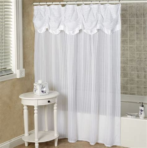 Bathroom Valance Ideas by 17 Best Ideas About Shower Curtain Valances On