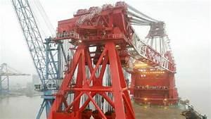 ZPMC delivered the world's largest floating crane vessel ...
