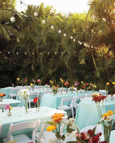 pull   outdoor wedding