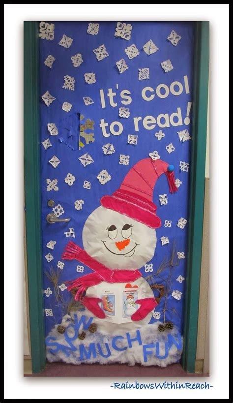 school door christmas decorating ideas winter themed decorated classroom doors k dec school