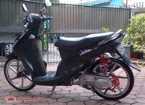 Modif Mio Sporty Ala Thailand by Modif Motor Yamaha Mio 2010 Thailand Look Ala Primanda