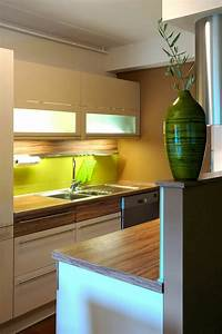 Küchen Wandregale : 25 schicke design ideen f r kleine k che n tzliche ~ Pilothousefishingboats.com Haus und Dekorationen