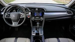 Honda Civic 2017 Base Model