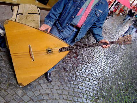 Balalaika Bass.jpg