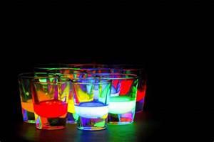 drinks fashion neon image on Favim