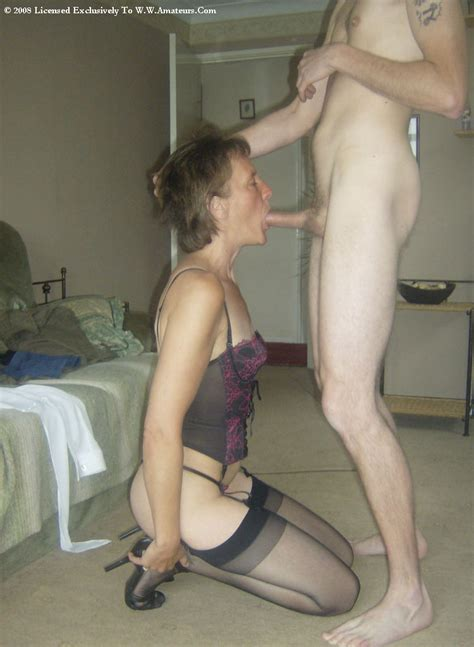 4 in gallery mature milf handjob blowjob picture 3 uploaded by fucks on