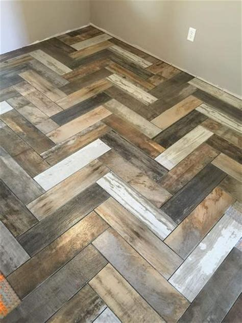 6 X 24 Wall Tile Layout by Marazzi Montagna Wood Vintage Chic 6 In X 24 In