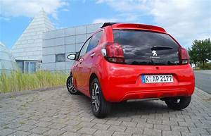 Peugeot 108 5 Türig : peugeot 108 top allure vti 82 5t rig mit innovationspaket motormobiles ~ Jslefanu.com Haus und Dekorationen