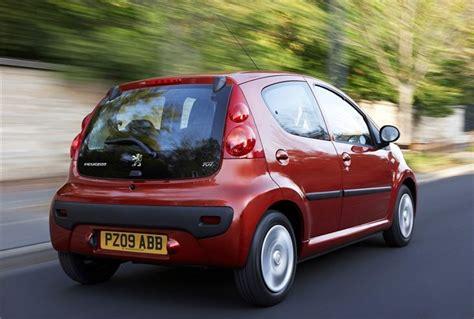 peugeot small automatic cars peugeot 107 2005 car review honest john