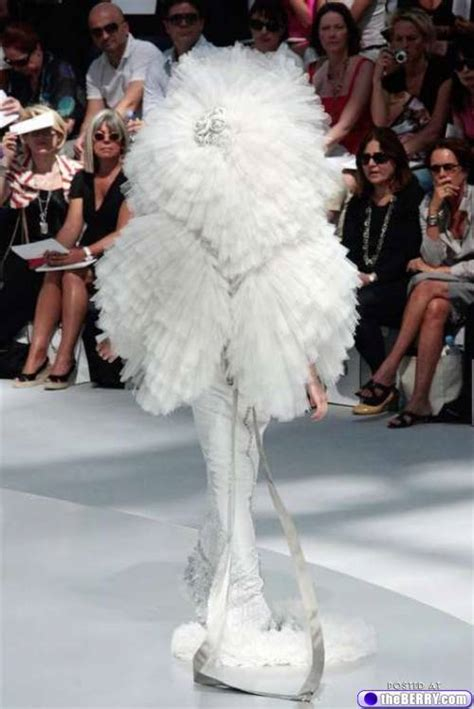 wedding dresses  absolutely ridiculous