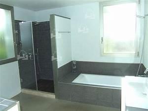 Moderne Badezimmer Mit Dusche : badewanne mit dusche dachschrge die neueste innovation der innenarchitektur und m bel ~ Sanjose-hotels-ca.com Haus und Dekorationen