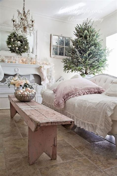 shabby chic christmas ideas 44 delicate shabby chic christmas d 233 cor ideas digsdigs