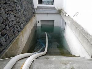 Keller Unter Wasser : keller unter wasser feuerwehr pumpt liter aus keller einsatzbericht herdecke ~ Watch28wear.com Haus und Dekorationen