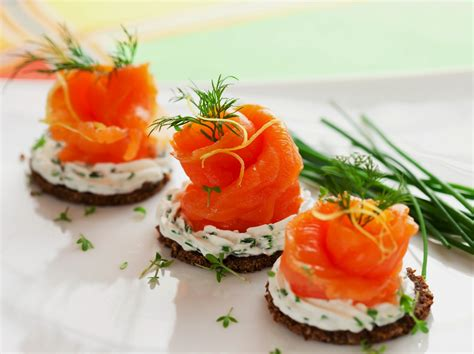 cheap easy canapes cheese smoked salmon appetizer healthy