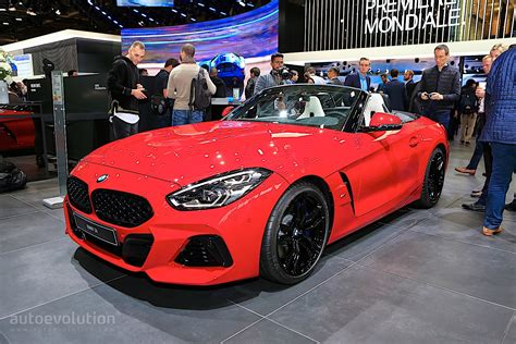 For a while it looked like the z4 was dead and buried; Bright Red 2020 BMW Z4 Drops its Soft Top in Paris ...