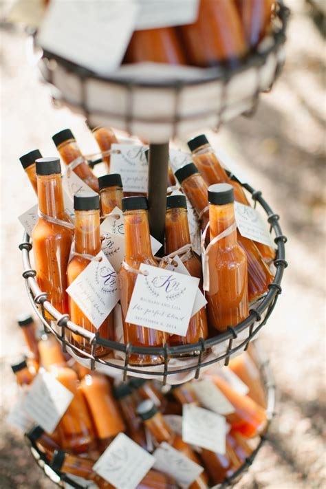 edible wedding favors guests  eat  literally