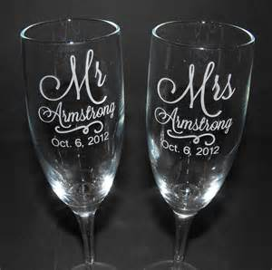 wedding glasses personalized wedding chagne flutes custom engraved