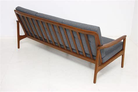 design sofa vintage okaycreations