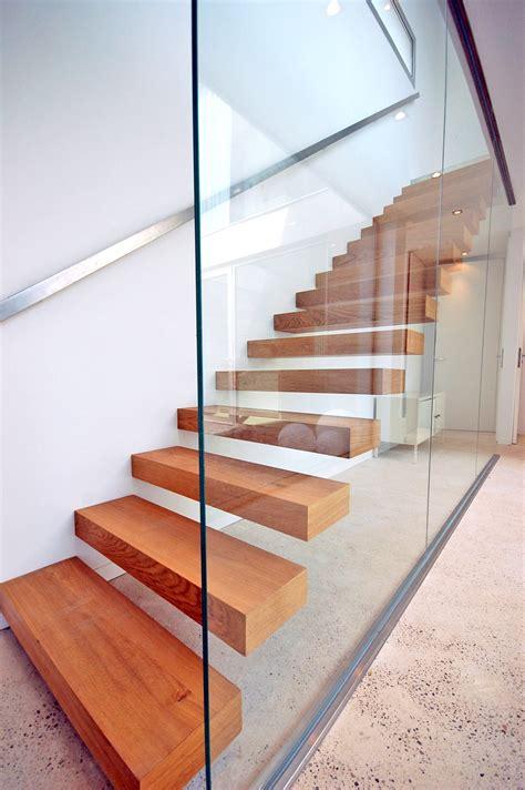 escalier konsol kon001 kozac