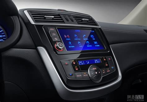 nissan tiida interior 2016 nissan facelifts the pulsar into the 2017 tiida for china