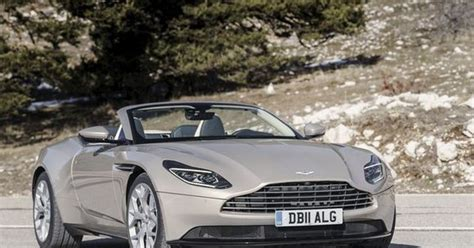 aston martin ipo james bond carmaker set   public