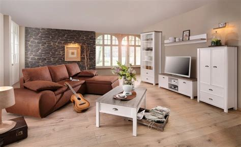 Beeindruckend Wohnzimmereinrichtung Dachgeschoss Exquisit Wohnzimmer Landhausstil Holz Meilleur De Ideen
