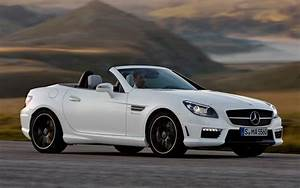 Mercedes 55 Amg : 2012 mercedes benz slk55 amg first look motor trend ~ Medecine-chirurgie-esthetiques.com Avis de Voitures