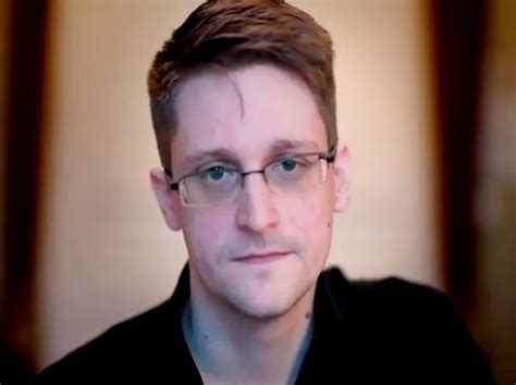 Russia gives NSA whistle-blower Edward Snowden permanent ...